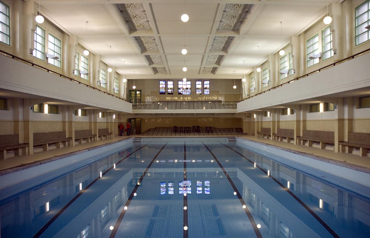 Zwembad Veldstraat